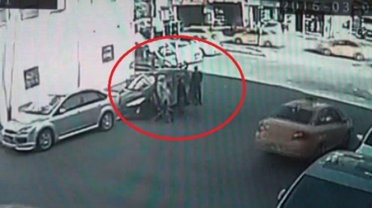 İstanbul'da güpegündüz kapkaç oldu